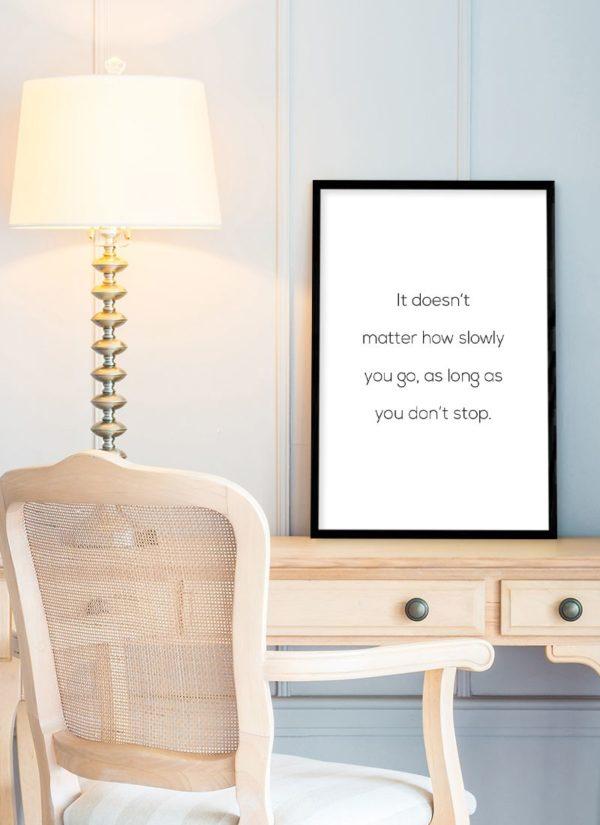 dont-stop-poster-Schreibtisch
